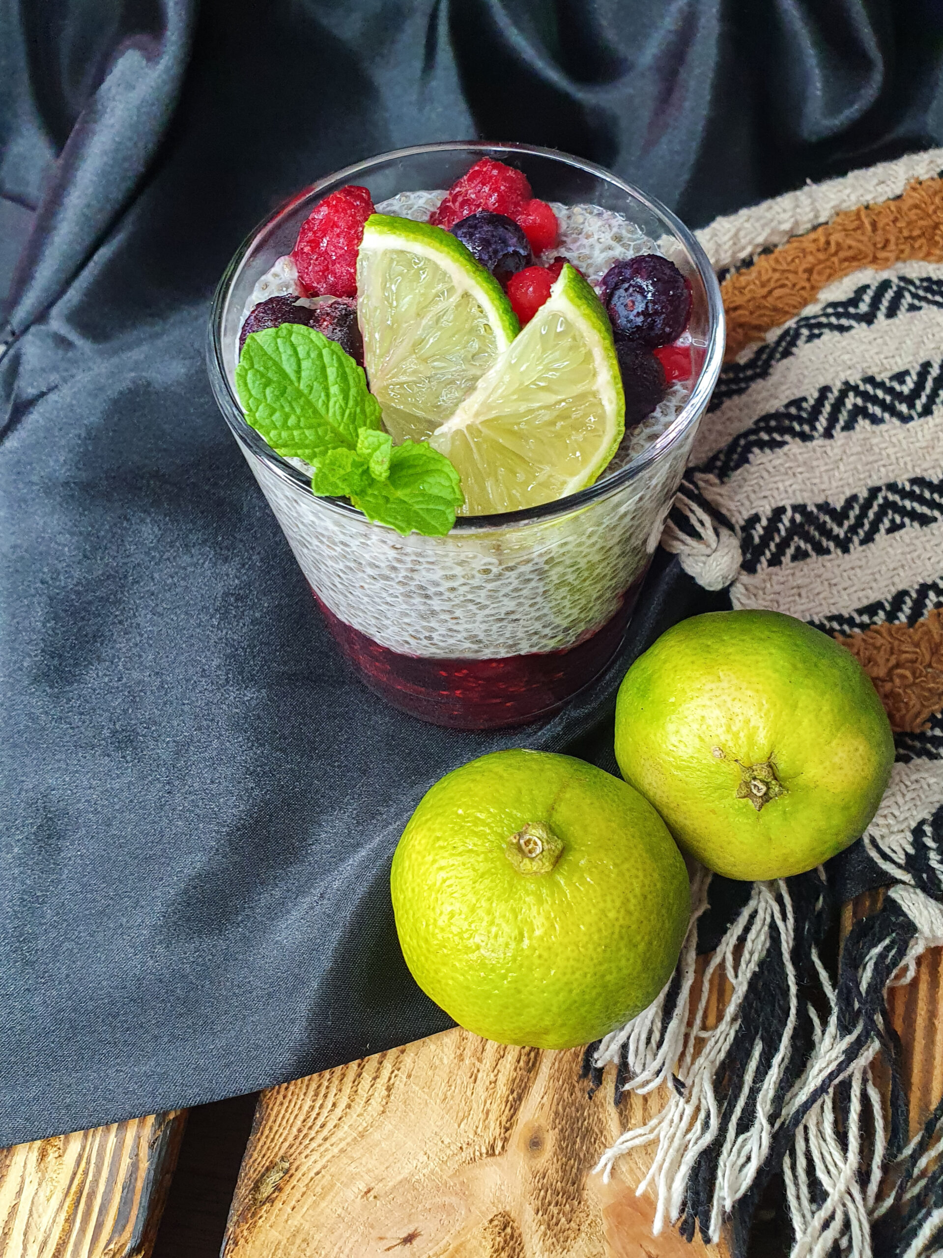 Waldbeer-Lime-Chiapudding